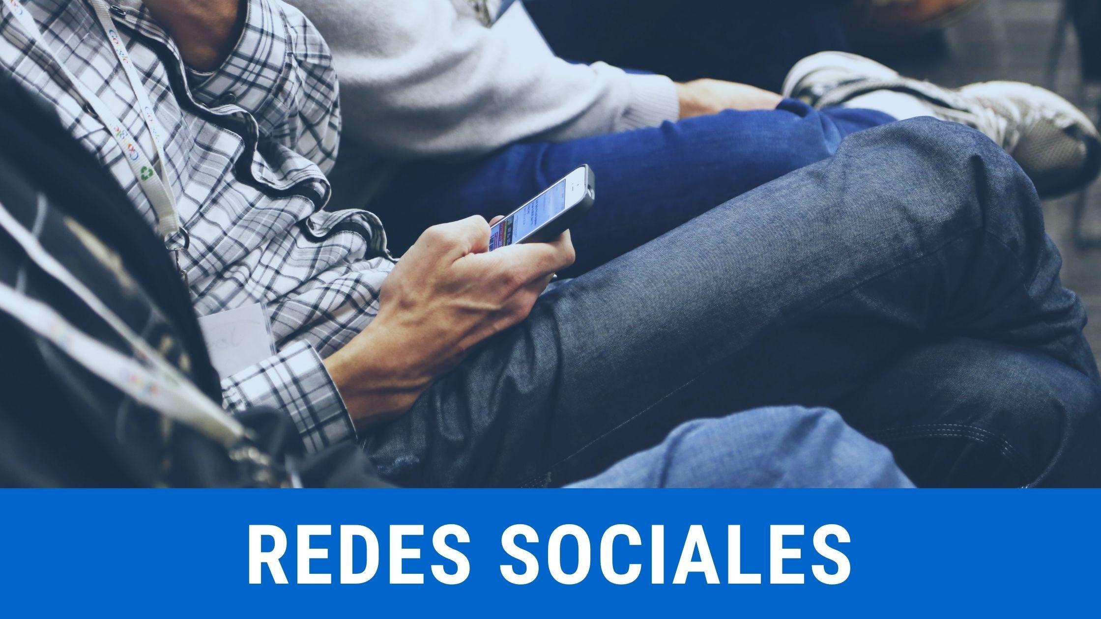 Redes sociales en Zafiro Tours